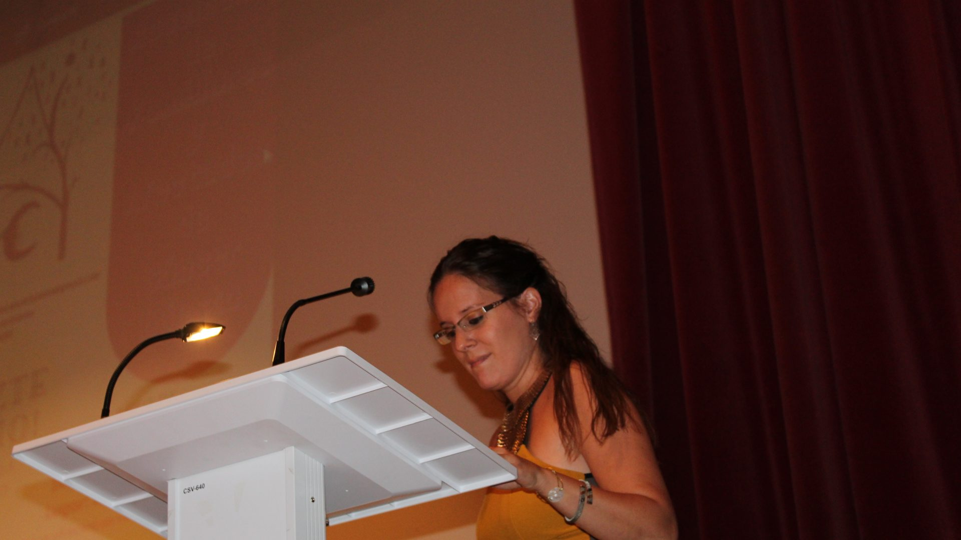 Presentación Asociación de familiares y afectados de Cáncer de Iniesta