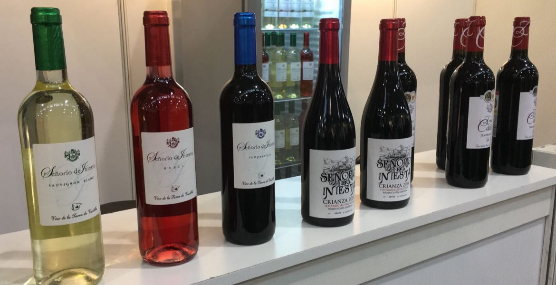 La Unión Campesina Iniestense ha organizado una jornada de vitivinicultura para conocer la situación actual y las oportunidades de futuro dentro de esta área