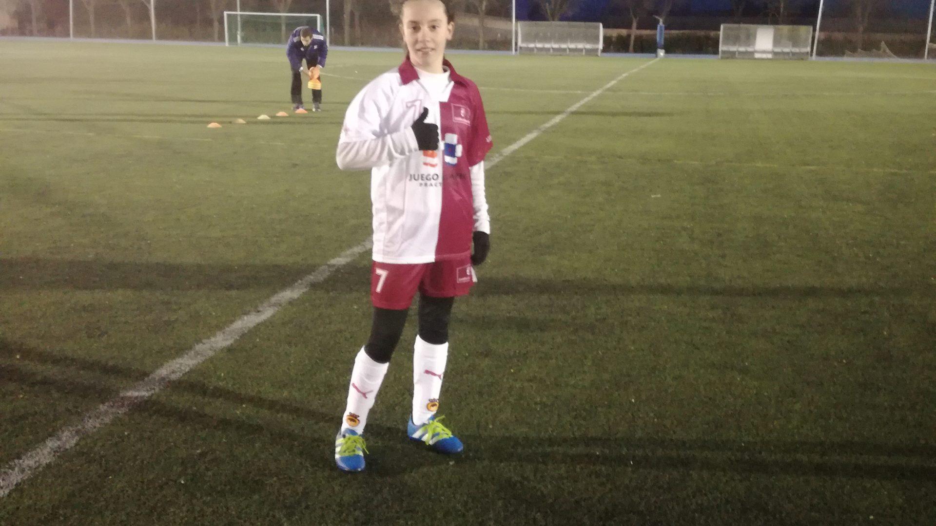 La futbolista de Iniesta Andrea Peñaranda ha sido convocada por la selección de CLM para el Campeonato de España