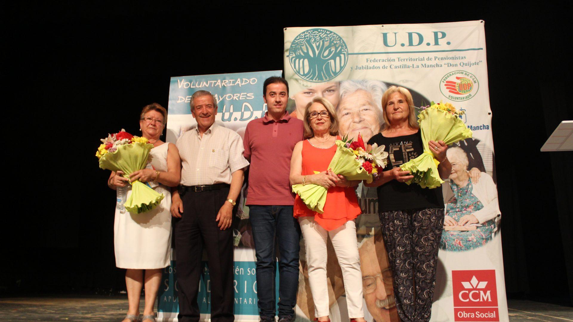 INIESTA RECONOCE A SUS MAYORES Y A LOS VOLUNTARIOS DE UDP