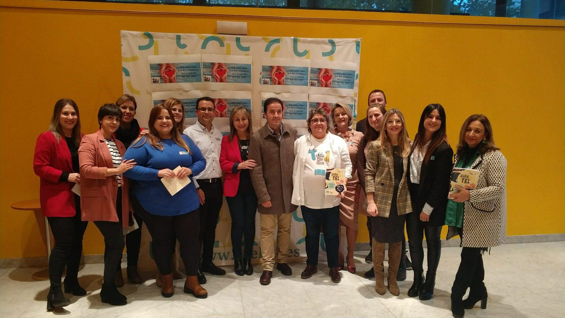 El Ayuntamiento de Iniesta y Cocemfe firma un convenio para el uso de un edifico público