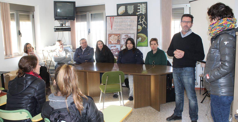 18 estudiantes de la Universidad de Illinois visitan el CIES de Quintanar del Rey
