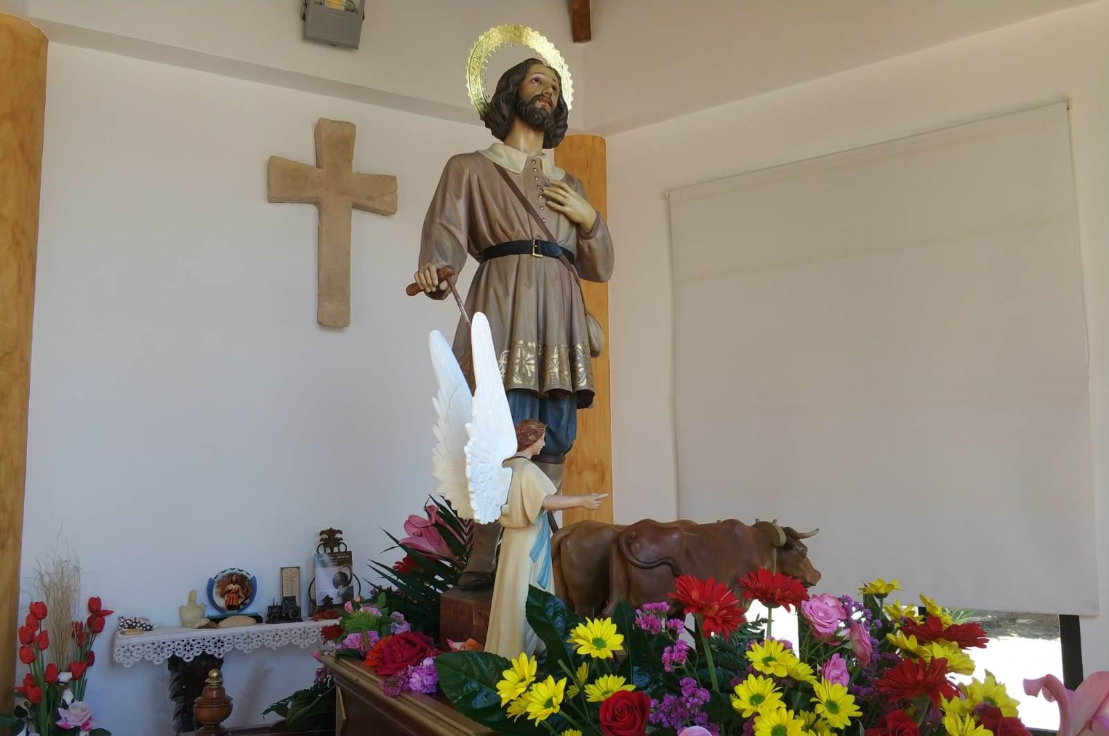 Iniesta venera a su patrón, San Isidro Labrador